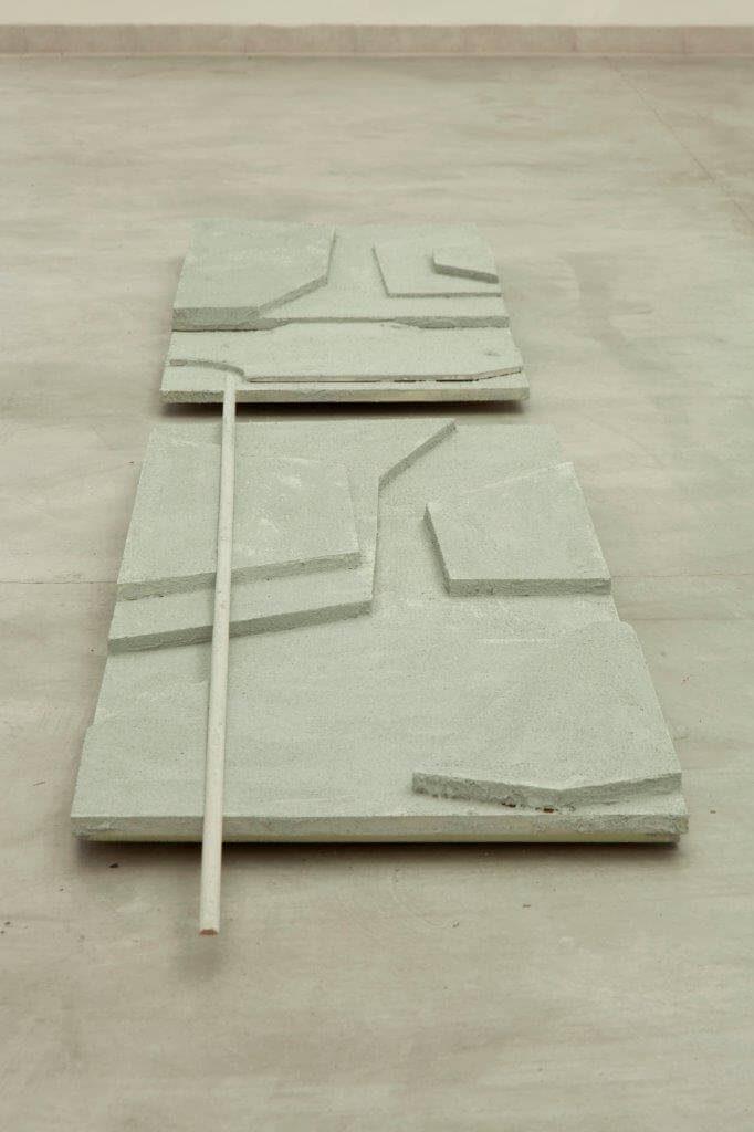 דנה יואלי, שוברי אבנים, 2014