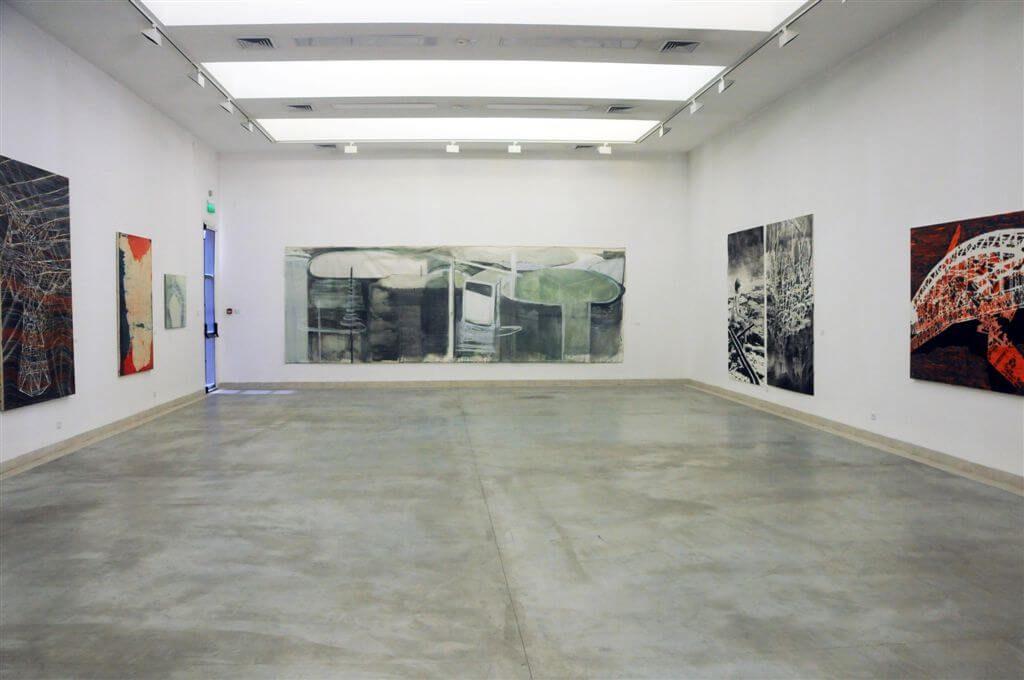 מטריקה - חלל התערוכה